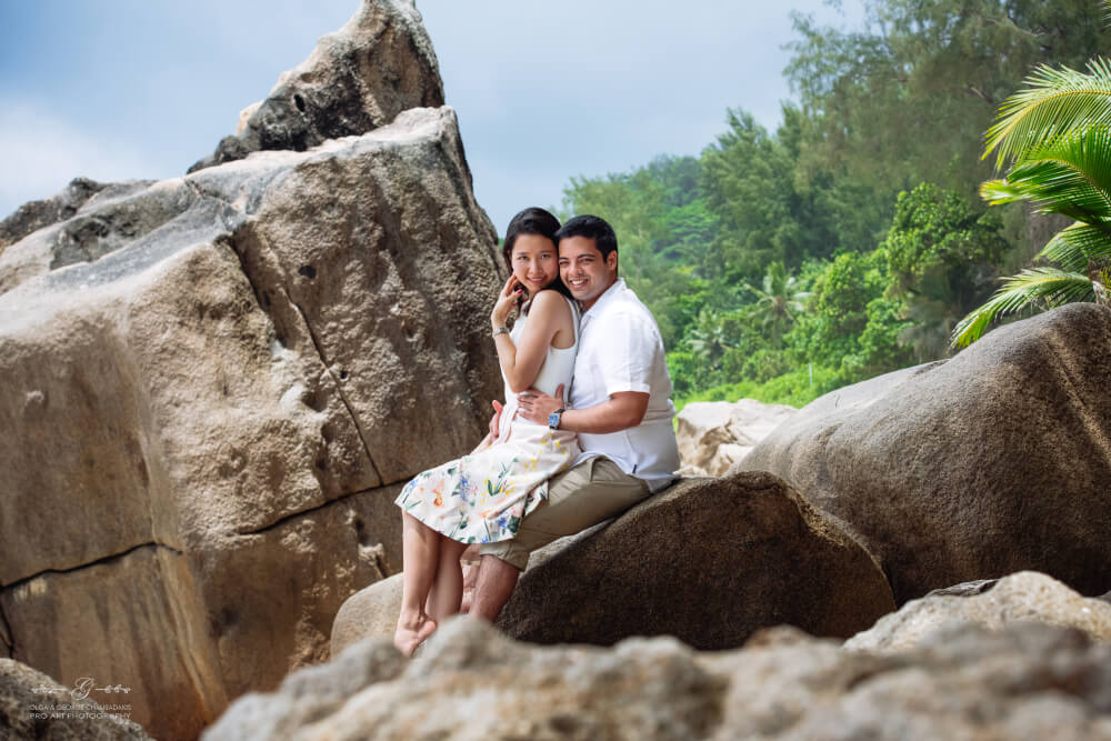 Mai Anh and Ashish: Mahe Seychelles