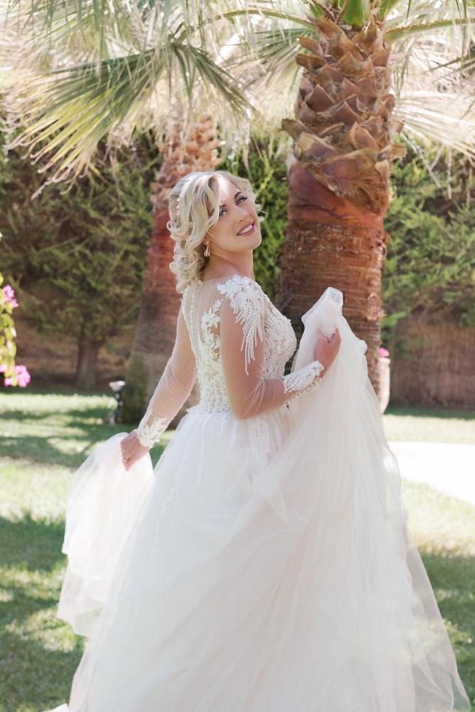 bride Crete